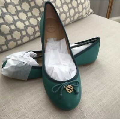 Tory Burch Women's Chelsea Ballet Flats Green Leather Size 6M