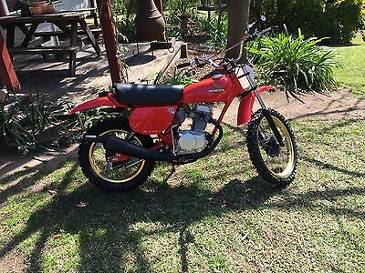 Honda XR75 XR 75 1977 K4 Collectable vintage motorcycle restored to perfection.