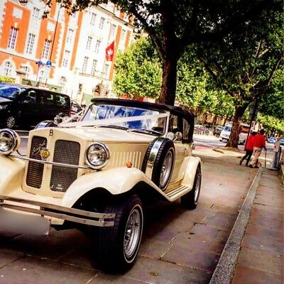 Vintage Car & Limos For Hire.