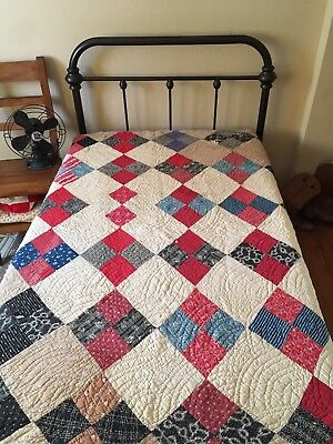 Beautiful Antique 1890s Handmade Quilt Vintage patchwork Americana