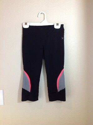 Xersion Quick Dri Girl's black Capri Pants Leggings Size Medium 8