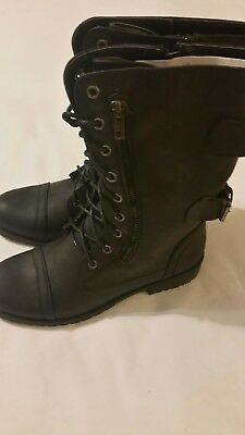 """Women's Easy Pickins Boots  8"""" High Black Leather Size 9"""