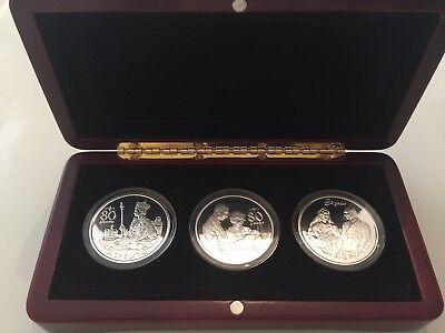 2006 Isle Of Man 1 Crown Queen Elizabeth 80 Years Silver Proof Coin Set