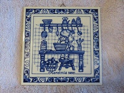 """Beautiful 6"""" Square Kerstmis 1980 Delft Holland Christmas Tile """"Mother's Helper"""""""