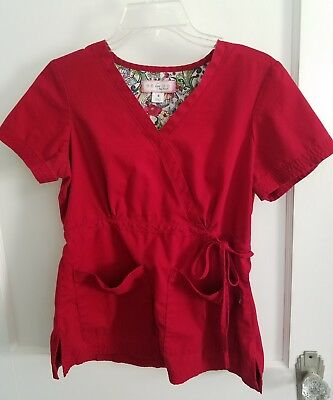 KOI Small Red Scrub TOP Pre-owned S uniform scrubs SOLID
