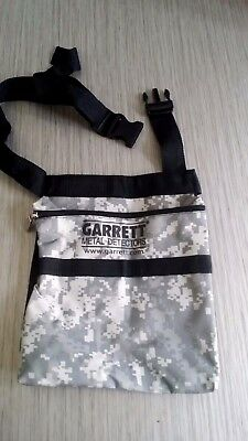 Garrett Metal Detecting Finds pouch unused mint condition