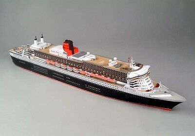 JSC 077 - Transatlantic Liner Queen Mary 2 1:400 Without / with Lasercut Parts