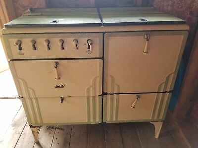 Vintage Magic Chef Gas Stove 1940's Green, Fair condition.