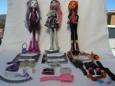 Mattel - Monster High - 3 Doll Collection + Accessories, Certificates & Stands