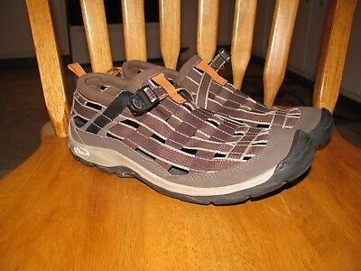 Womans Chaco Shoes size 8.5
