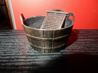 Vintage Holly Hobbie Durham Industries Die Cast Metal Wash Bowl And Board