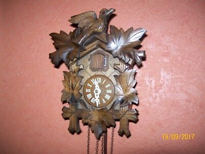 Vintage working Black Forest Wall Mounted sm-Cuckoo Clock by Regula/West Germany