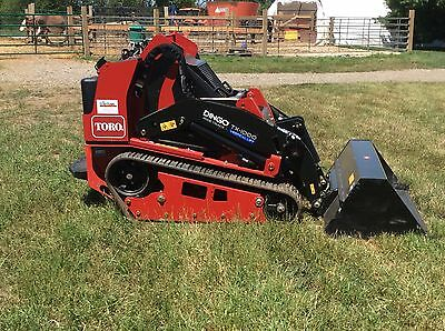 2017 Toro TX1000 Dingo **Demo Unit**