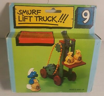 Vintage SMURFS Lift Truck From 1982 (MINT IN THE BOX)
