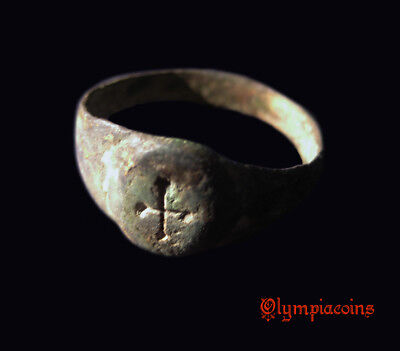 Ancient  BYZANTINE or MEDIEVAL bronze Ring ** CROSS  **