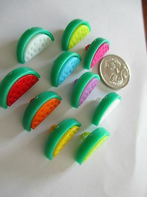 10 x 20mm  Plastic Buttons Novelty Watermelon Pieces  1 Loop - No.C268