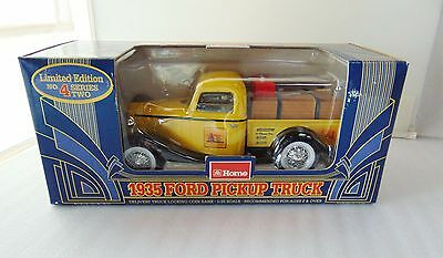 Home Hardware 1935 Ford Pickup Truck Series 2 No 4 Coin Bank 1:25 - New