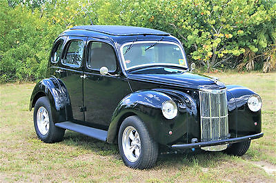 1951 English Ford Prefect Black urethane paint RARE 1951 Ford PREFECT Street Rod Custom Cruiser, Parade Car, Crowd Pleaser
