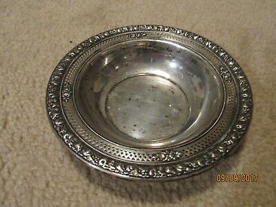 Vinatge Wallace Sterling Silver Ornate, Vented Edge Bowl