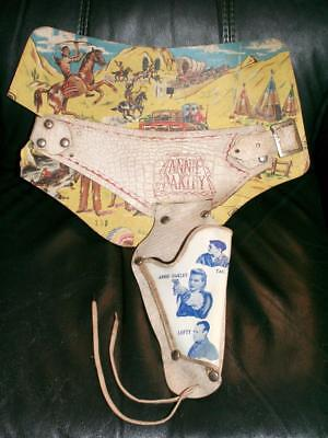 Vintage 1950's ANNIE OAKLEY TV SERIES GUN HOLSTER BELT on ORIGINAL DISPLAY CARD