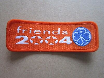 Friends 2004 Girl Guides Cloth Patch Badge (L4K)