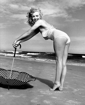 Marilyn Monroe UNSIGNED photo - K2931 - SEXY!!!!!