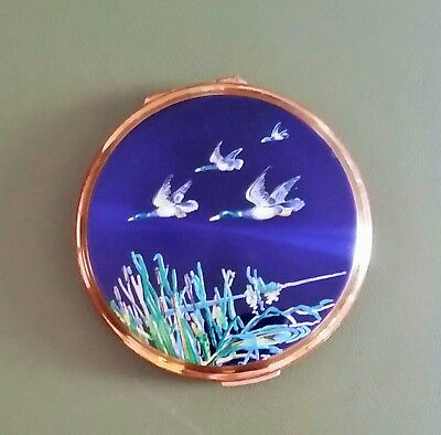 Stratton England Vintage 1950s/1960s Powder Compact Flying Ducks