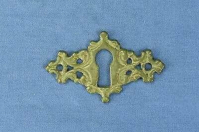 Antique FANCY VICTORIAN CAST BRASS KEY HOLE COVER ESCUTCHEON HARDWARE OLD #03744