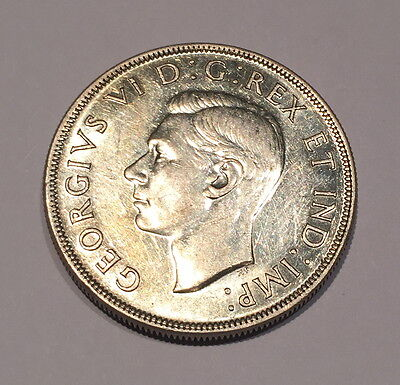 Beautiful Lustrous key date 1945 Canadian Silver Dollar, Real Nice Coin.