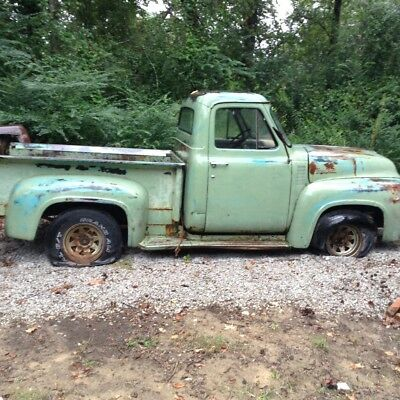 1953 Ford F-100  1953 ford truck barn find