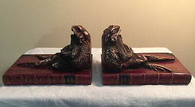 TWO TOADS TOTALLY TIRED Tried to tot to Tetbury Bookends Hand painted in the UK