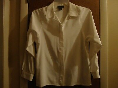 Size 10 Vintage Long Sleeve Blouse by David Matthew in 100% polyester/white