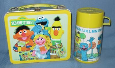Vintage 1979 Aladdin SESAME STREET Metal Lunch Box and Thermos SUPER!