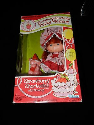 Vintage Strawberry Shortcake Party Pleaser Boxed Strawberry Shortcake With Custa