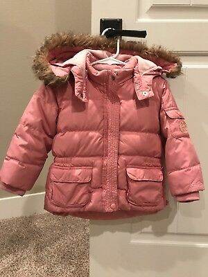 Baby Gap Girls Pink Down Coat Jacket Size 4 with detachable fur lined hood
