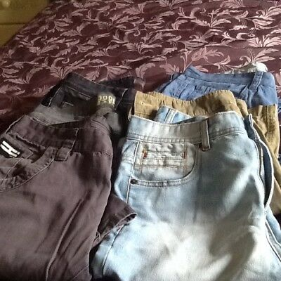 Bundle of Mens Jeans and Shorts Size 32