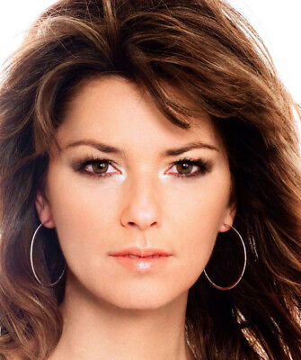 Shania Twain UNSIGNED photo - K3084 - Canadian singer and songwriter