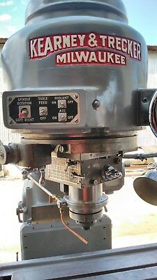 1962 Kearney and Trecker Model 2D Rotary Head Milling Machine
