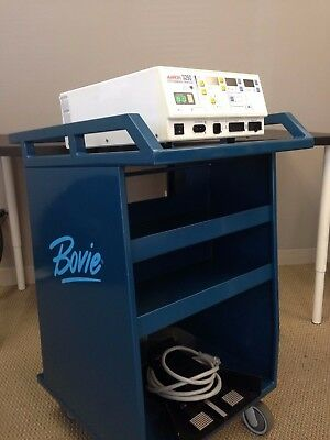 AARON 3250 Electrosurgical Generator Includes Stand and Foot Pedals