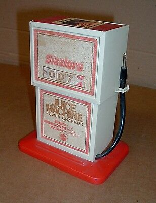 SIZZLERS JUICE MACHINE Power Charger 1969 Old Toy Car Gas Pump