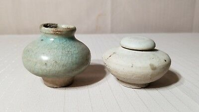 2 Antique Chinese Miniture Porcelain Pieces Celadon Jar And Song Dynasty Jar WOW