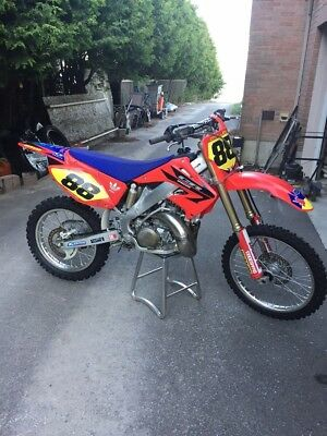 2006 Honda CR  2006 Honda CR250r - AS CLOSE TO NEW AS YOU WILL FIND!!!