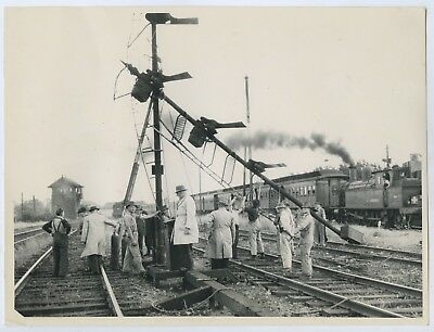 1951 Photo South Australian Railways Fallen Signal Pole Adelaide Rail Yards R60