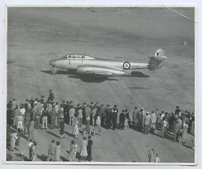 1950's Photo Raaf Gloster Meteor T.7 A77-2 On Tarmac Probably Point Cook? R37