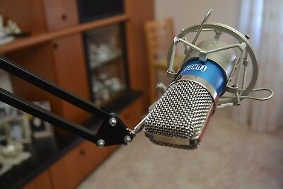 Tonor BM-700 Professional Studio Condenser Microphone + Neewer 48V Phantom