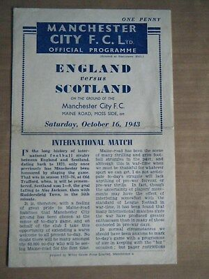 1943 ENGLAND v SCOTLAND FOOTBALL PROGRAMME PLAYED @ MAINE ROAD