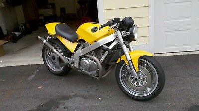 1990 Honda NT650  1990 Honda Custom Naked Sport Bike
