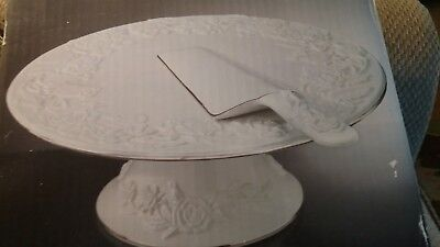 Glass Cake Plate with Matching Serving Knife