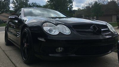 2005 Mercedes-Benz SL-Class 500 AMG Badged /Outfitted ATTENTION GETTER - Do not buy this car if you do not want the front valet spot!