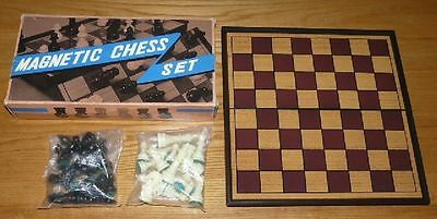 MINT CONDITION Portable Magnetic Chess Board Game